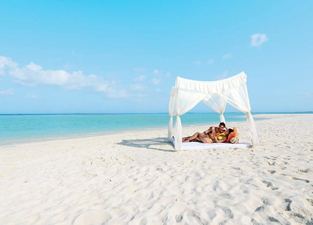 Book your mauritius honeymoon with for Where to go for a honeymoon