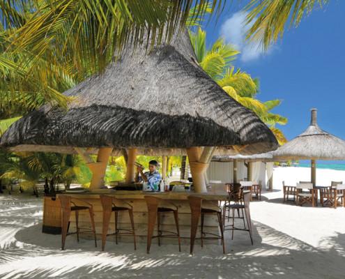 Dinarobin Beach Bar