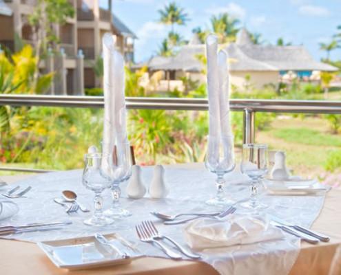 Jalsa Beach Resort and Spa Table