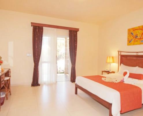 Le Palmiste Resort and Spa Bedroom
