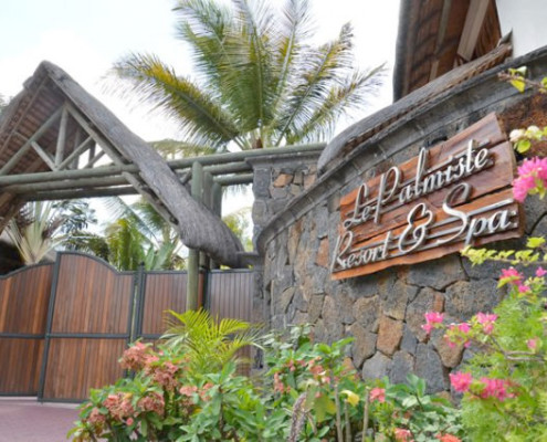 Le Palmiste Resort and Spa Entrance