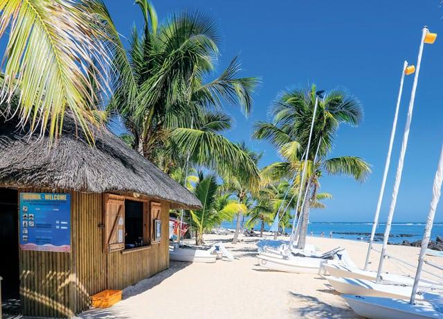 Le Victoria Hotel Beach