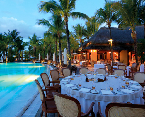 Paradis Hotel and Golf Club Poolside