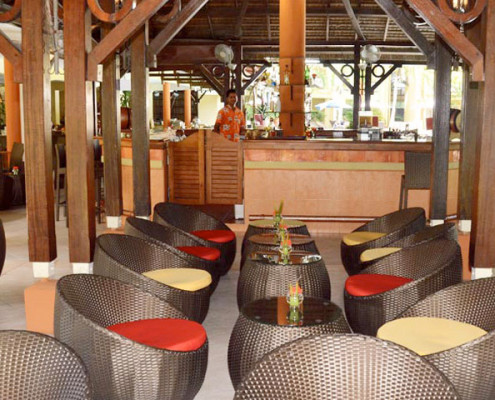 Tarisa Resort and Spa Bar