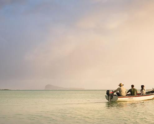 Zilwa Attitude Boat Ride